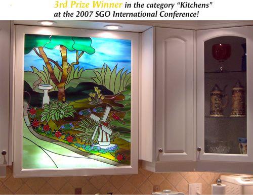 Sgo designer glass of halton hamilton for Windowless kitchen ideas